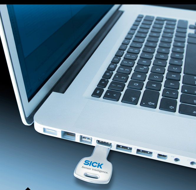 Laptop mit USB-Stick